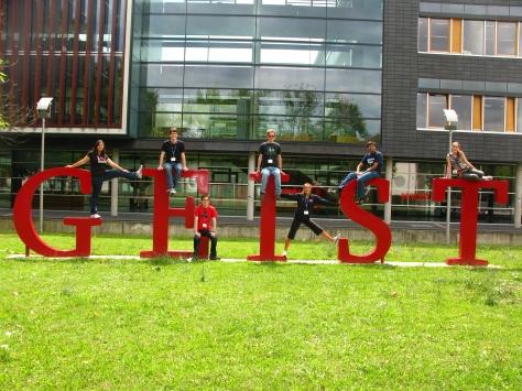 Posing in front of the Universität Heidelberg